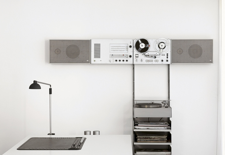 Dieter's stereo system and desk