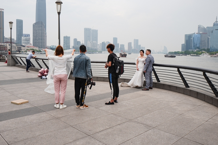 another wedding photoshoots along the Bund